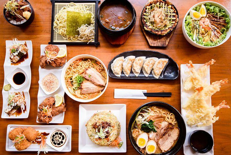Có rất nhiều món ăn trong một bữa cơm của người Nhật