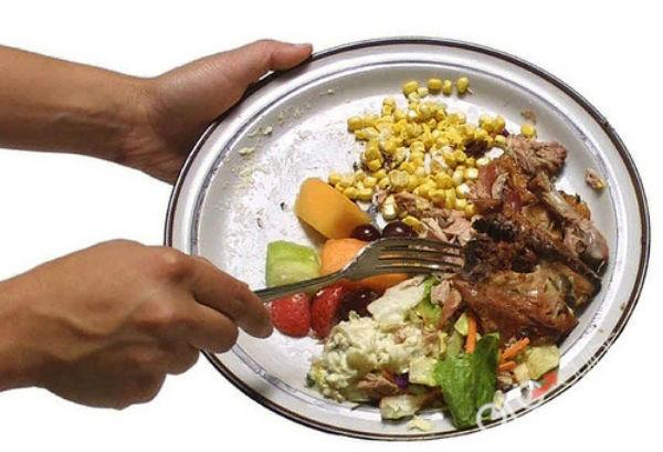 Họ nấu nướng rất kỹ lưỡng, pha chế đồ ăn tỉ mỉ mà lại chỉ làm rất ít, chỉ vừa đủ để ăn uống thôi, không dư thừa