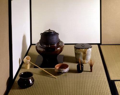 Bộ đạo cụ pha trà của người Nhật