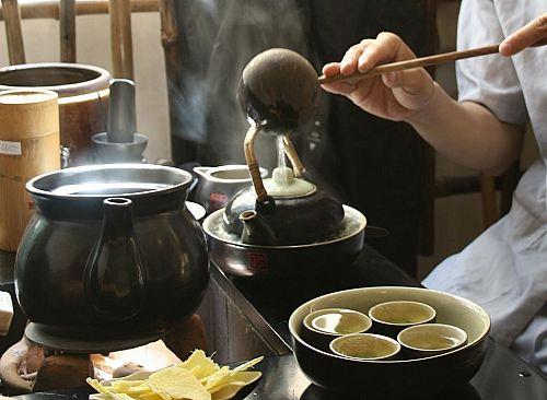 Nghệ thuật pha trà Nhật Bản có rất nhiều yêu cầu khắt khe