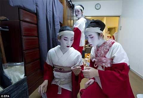 10 bí mật ít người biết về cuộc sống của các nàng geisha Nhật Bản