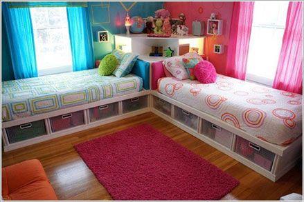 Gầm giường là nơi rất tốt để cất chứa đồ