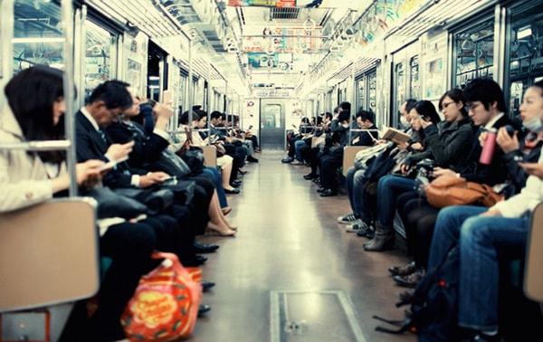 Văn hóa ứng xử nơi công cộng của người Nhật Bản