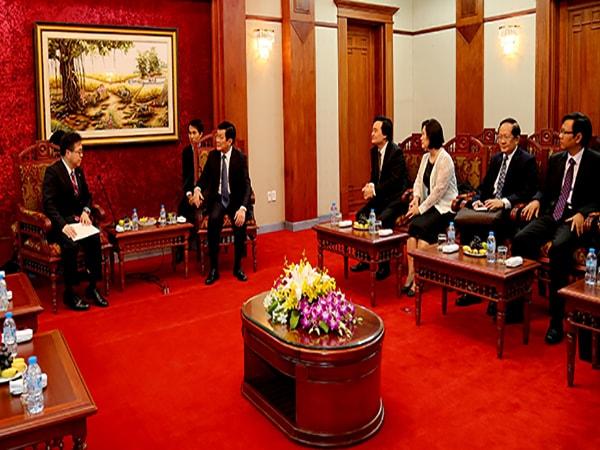 Đẩy nhanh việc triển khai xây dựng trường Đại học Việt Nhật