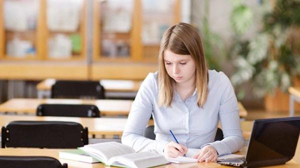 Lối mòn trong bài luận du học bạn cần tránh