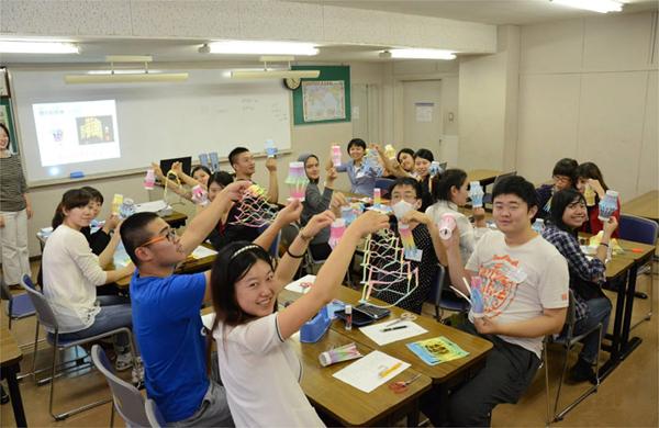 Hàng năm, trường đào tạo nhiều khóa học tiếng Nhật khác nhau