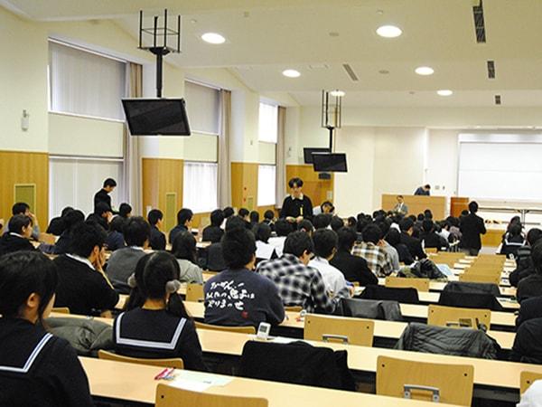 Chương trình du học Nhật Bản 2017 có môi trường đào tạo chuyên nghiệp