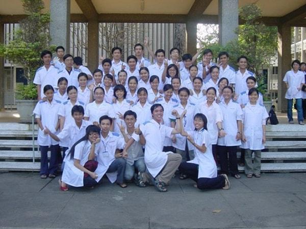 Sinh viên đại học Y asahikawa