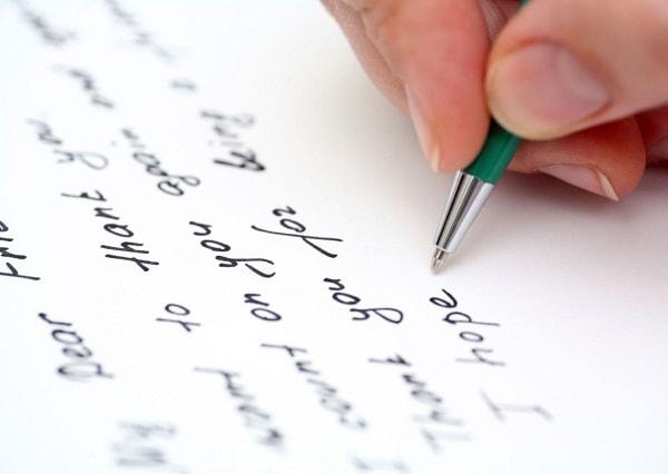 Viết tiếng Anh cần giỏi cả ngữ pháp, từ vựng và phát âm