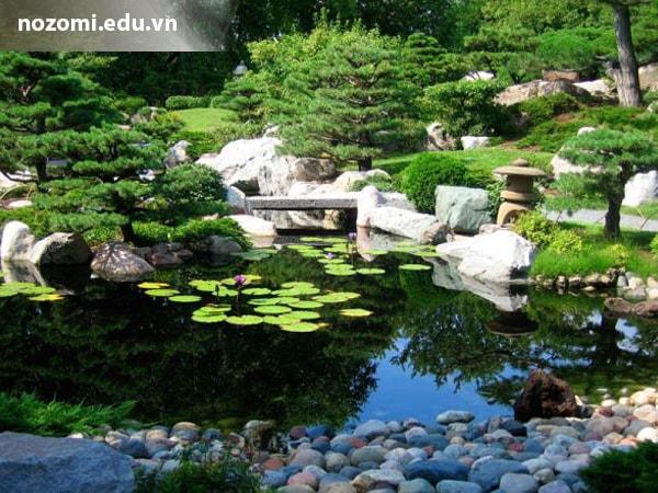 Vườn đá Nhật tái hiện hình ảnh rừng núi, sông ngòi