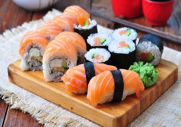 Sushi-biểu tượng của văn hóa ẩm thực Nhật Bản
