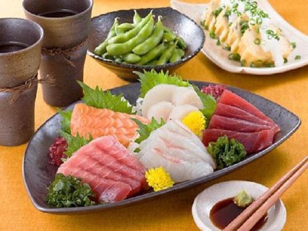 Người Nhật ăn nhiều cá và rau xanh