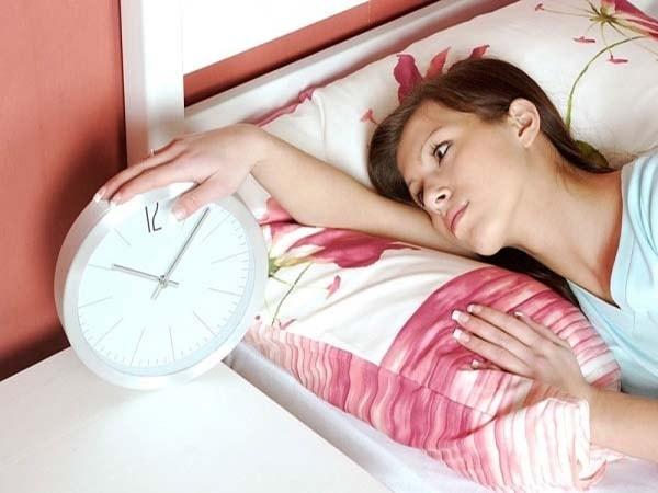 Mẹo hay khắc phục tình trạng mất ngủ ở phụ nữ tuổi trung niên 1