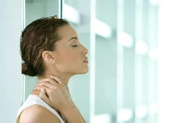 Buồn nôn và đau đầu sau gáy: Triệu chứng không thể xem nhẹ 2