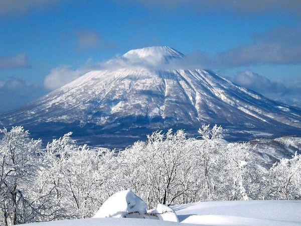 Núi Phú Sĩ vào mùa đông
