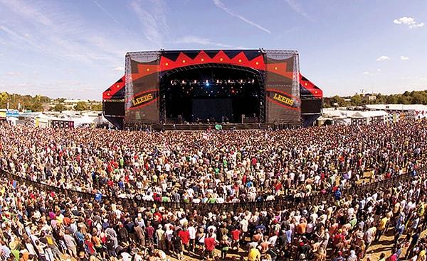 Lễ hội summer Sonic thu hút mọi tín đồ yêu nhạc rock trên thế giới tham gia