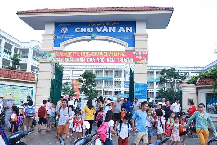 Trường tiểu học Chu Văn An - Hoàng Mai - 1147 HS