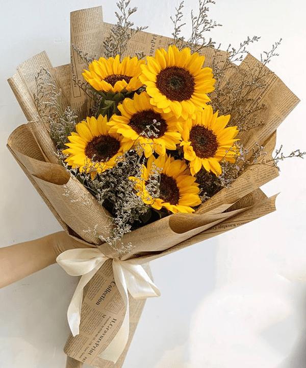Nên tặng hoa hướng dương chothầy cô giáo nhân ngày 20/11